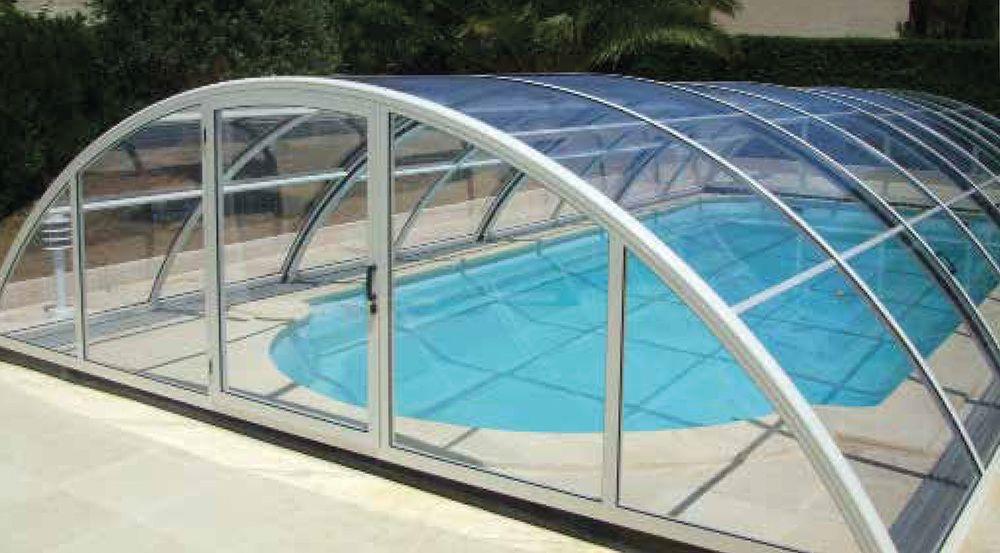 Abri mi-haut pour piscine